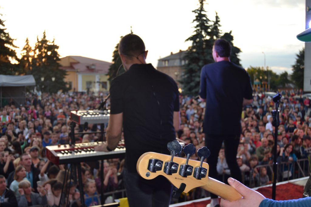 Феєричний виступ гурту «Друга ріка» в Бердичеві ВІДЕО ФОТО